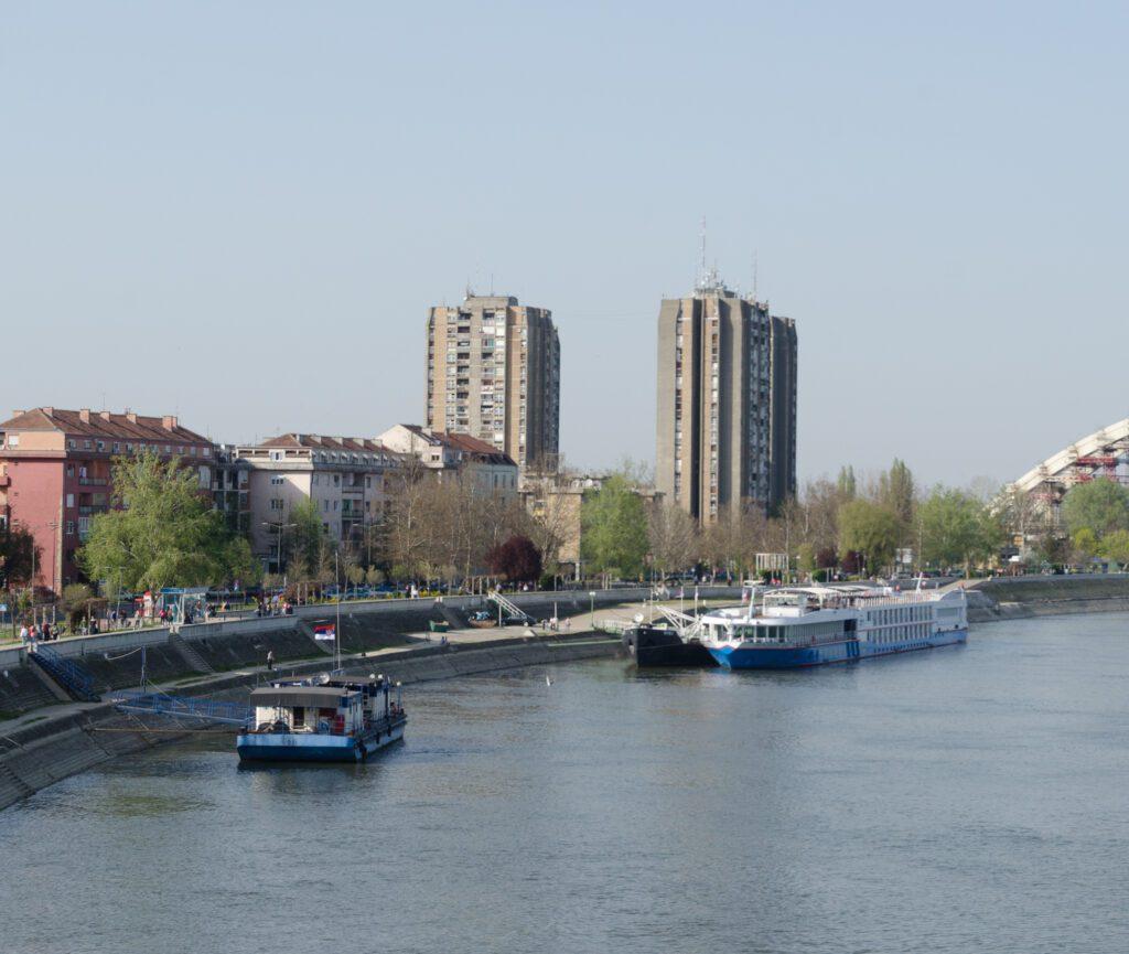 Luka Novi Sad