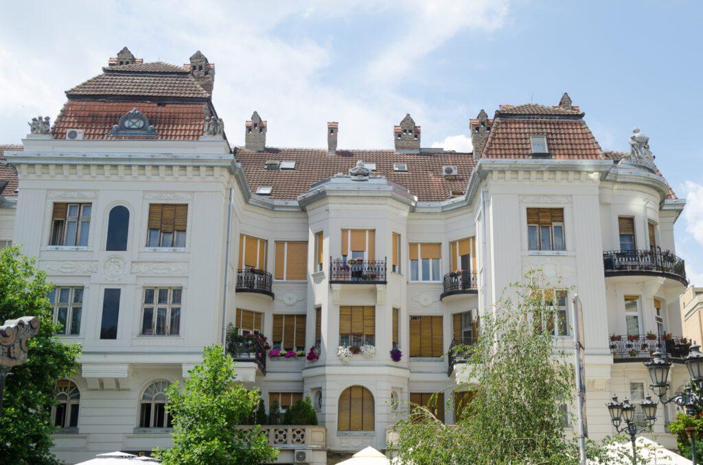 Adamovićeva palata